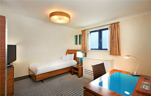 Cheap Hotels With Jacuzzi In Room London