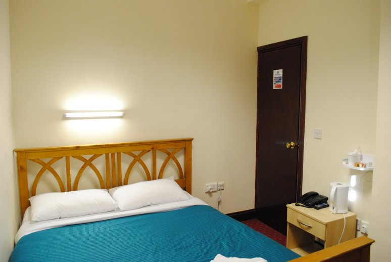 Cheap Hotels Olympia London