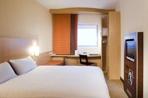 Ibis Hotel Wembley Room Service